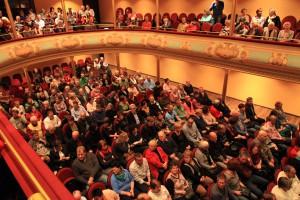 Stadtheater Hildburghausen - Miroslav Nemec zieht das Publikum