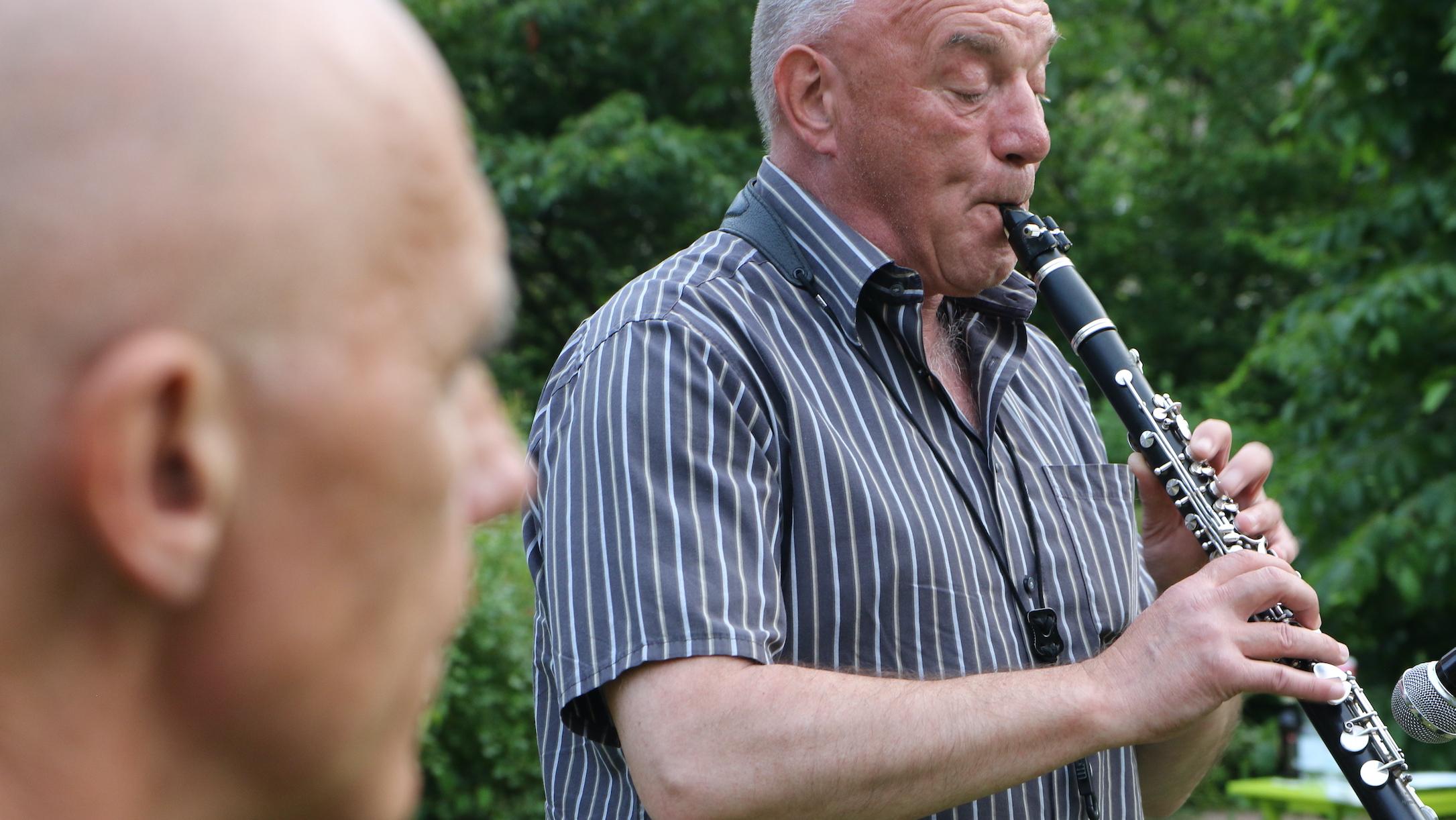 "Mini-Konzerte mit dem Duo ""Jazznah"" am 24. Juni 2020 inSuhl"